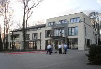Burg_Schwarzenstein-768x575